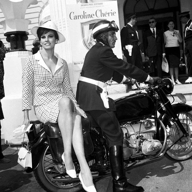 1966-raquel-welch