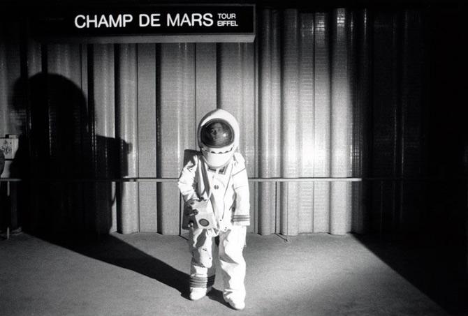 Metropolisson-Janol-Apin-Metro-Champ-de-Mars-