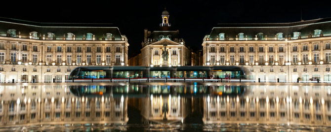 bordeaux-port-de-lune