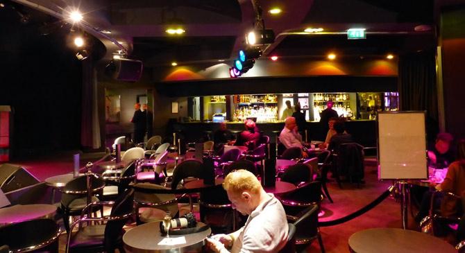 Restaurant-du-Jazz-Club-Etoile