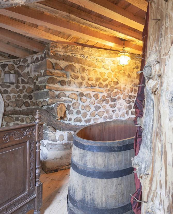maison-Hobbit-baignoire