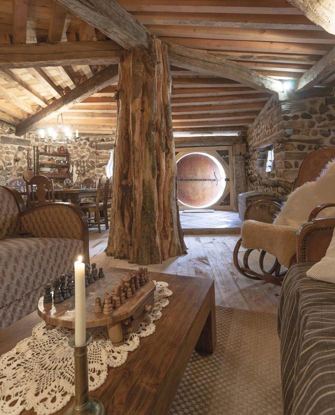 maison_Hobbit-sallon