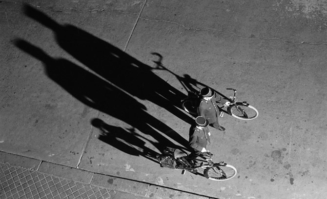 1960-hirondelles-patrouille-velo