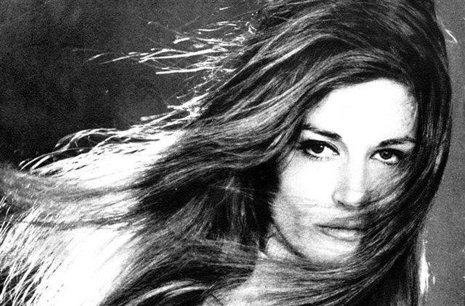 etrange-Dalida
