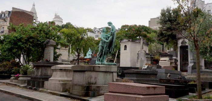 paris-secrets-cimetiere-saint-vincent