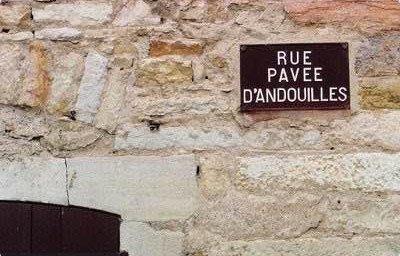 rue-pavee