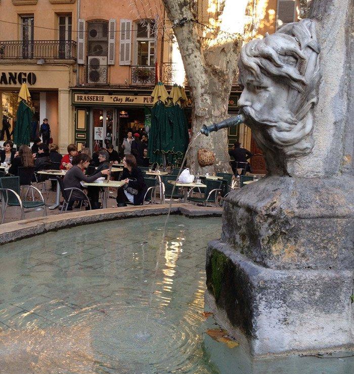 Aix_en_Provence-fontain
