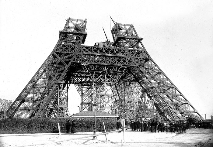 victor-lustig-construction-tour-eiffel-avril-1888